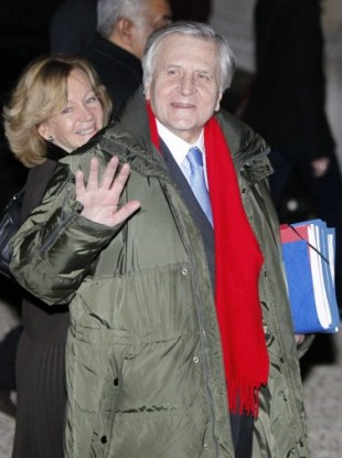 ECB president Trichet - the vivid red scarf's not a warning sign, right?