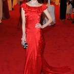 Jaime King wears a custom dress by Topshop. Nice!