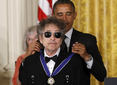 Obama commends Dylan for his contribution to American music