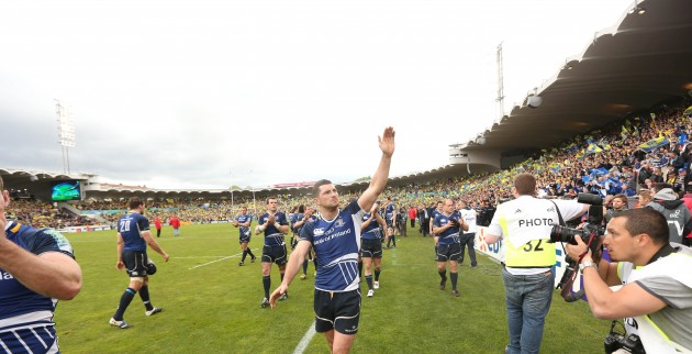 Rob Kearney waves to the fans at the end of the match