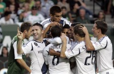 VIDEO: Keane and Beckham on target in eight-goal thriller
