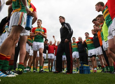Anthony Rainbow addressing the Carlow players during this season.