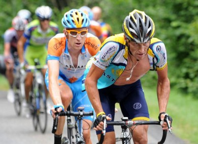 Wiggins, left, and Lance Armstrong.