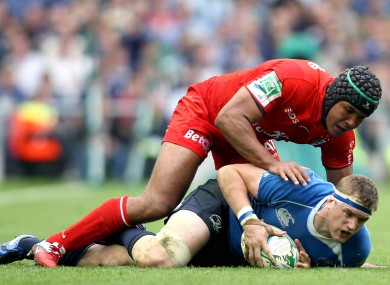 Dusautoir and Heaslip get acquainted in 2011.