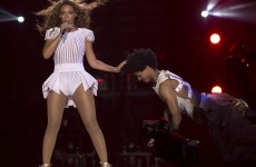 9 examples of crazy things happening at Beyoncé concerts
