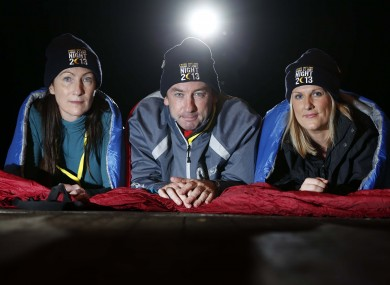 Dublin Lord Mayor Oisín Quinn, centre, ahead of the sleepout last night.